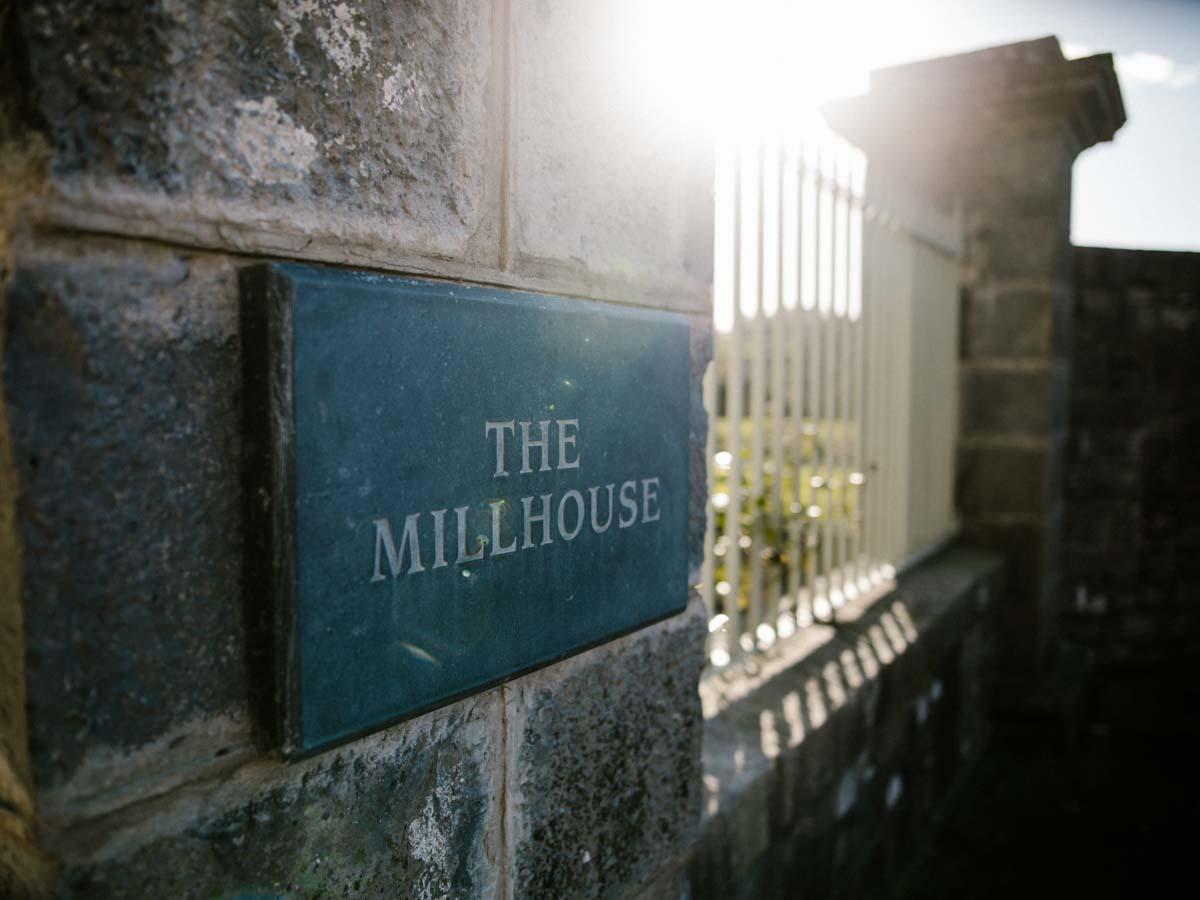 MILLHOUSE-SLANE-ALTERNATIVE-WEDDING-001